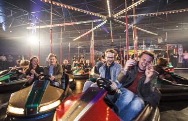 OMClub, Lanxess Arena Köln, hurra.com, hurra® OMClub,project a,party,event,cologne,planung, eventmanagement,lichtdesign,light design, christopher baer, Thomas Steuer, Monkey 47, Drinks, free drinks, autoscooter, gogo, tänzerin, veranstaltungen