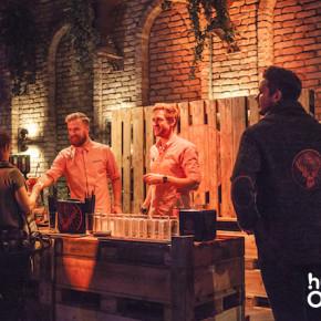 Jägermeister Theke, OMClub 2015,hurra,hurra.com,project a,köln, halle tor2,mixer, kellner, free drinks, kostenlose getränke, veranstaltung, onlinemarketing, dmexco