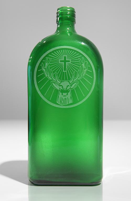 jägermeister flasche,flaschen,grüne flasche,sandstrahl,laser,satiniert,glasbearbeitung,glasverarbeitung,glas,glasflaschen