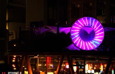 Luminale_2016,frankfurt,LED-Tubes,kreis,led-iris,led-auge,lichtkreis, chicago meatpackers riverside, hessenschau,leichtbaukunst.de,project a, christopher baer, luminale lichtinstallation, lichtskulptur